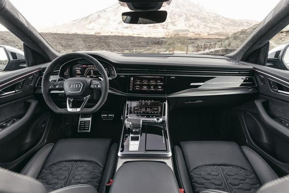Interior de Audi RS Q8
